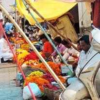 Mercato dei fiori in Rajastan (India)